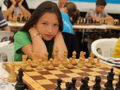 scacchi incontri UK Quando una persona può iniziare ad uscire con