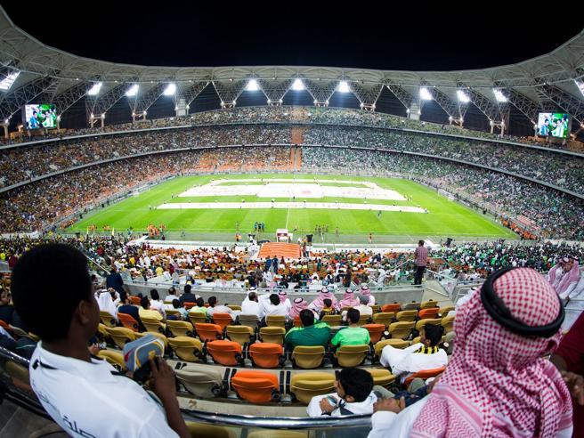 Supercoppa, le donne sole non possono entrare allo stadioJuventus e Milan, allora sospendete la finale in Arabia