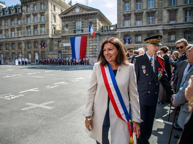 Il comune di Parigi multato: